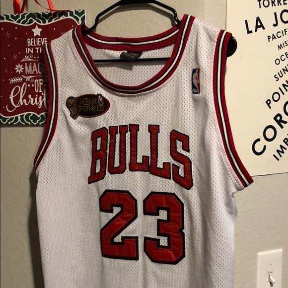 quality design ca962 c9f45 Michael Jordan Bulls Nike Jersey